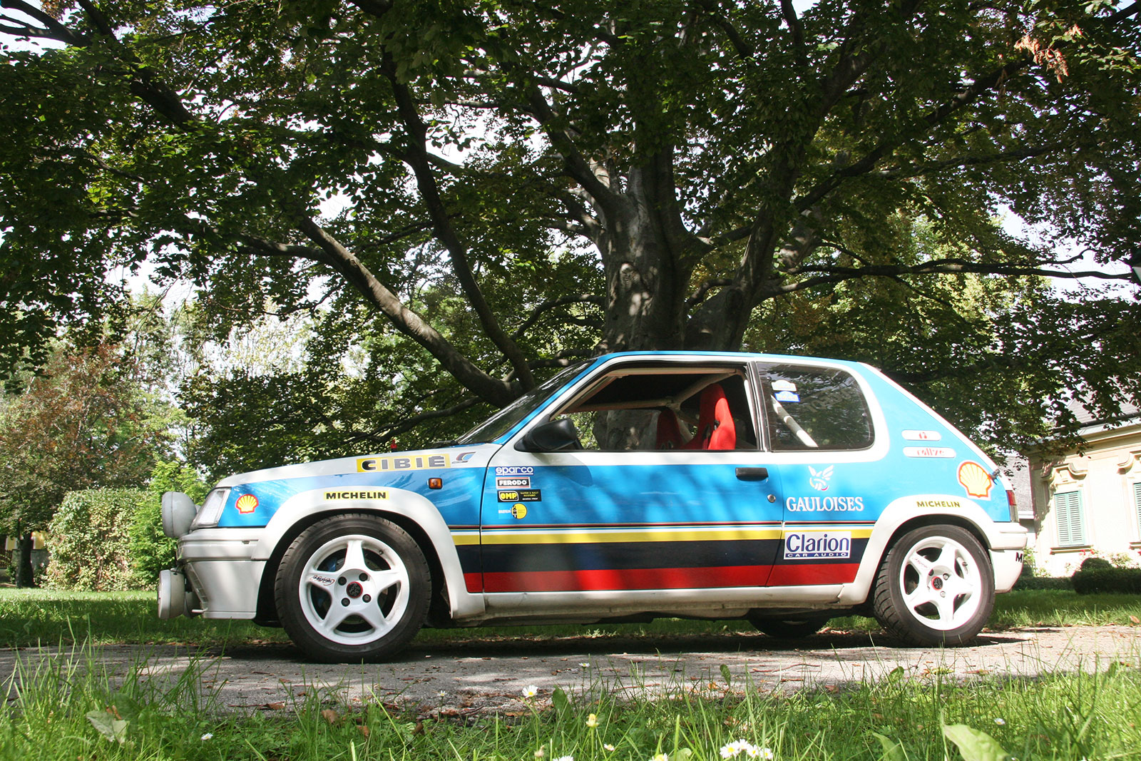 peugeot 205 rally the schwab collection vintage rally cars. Black Bedroom Furniture Sets. Home Design Ideas